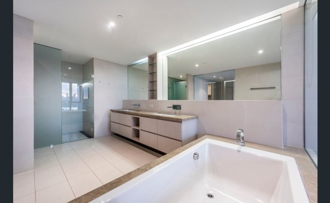 Burswood Oldfield 12